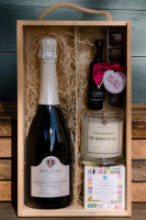 Reif Winery HER Holiday Gift Pack